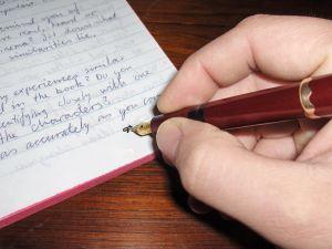 Anotaciones en el revés del documento
