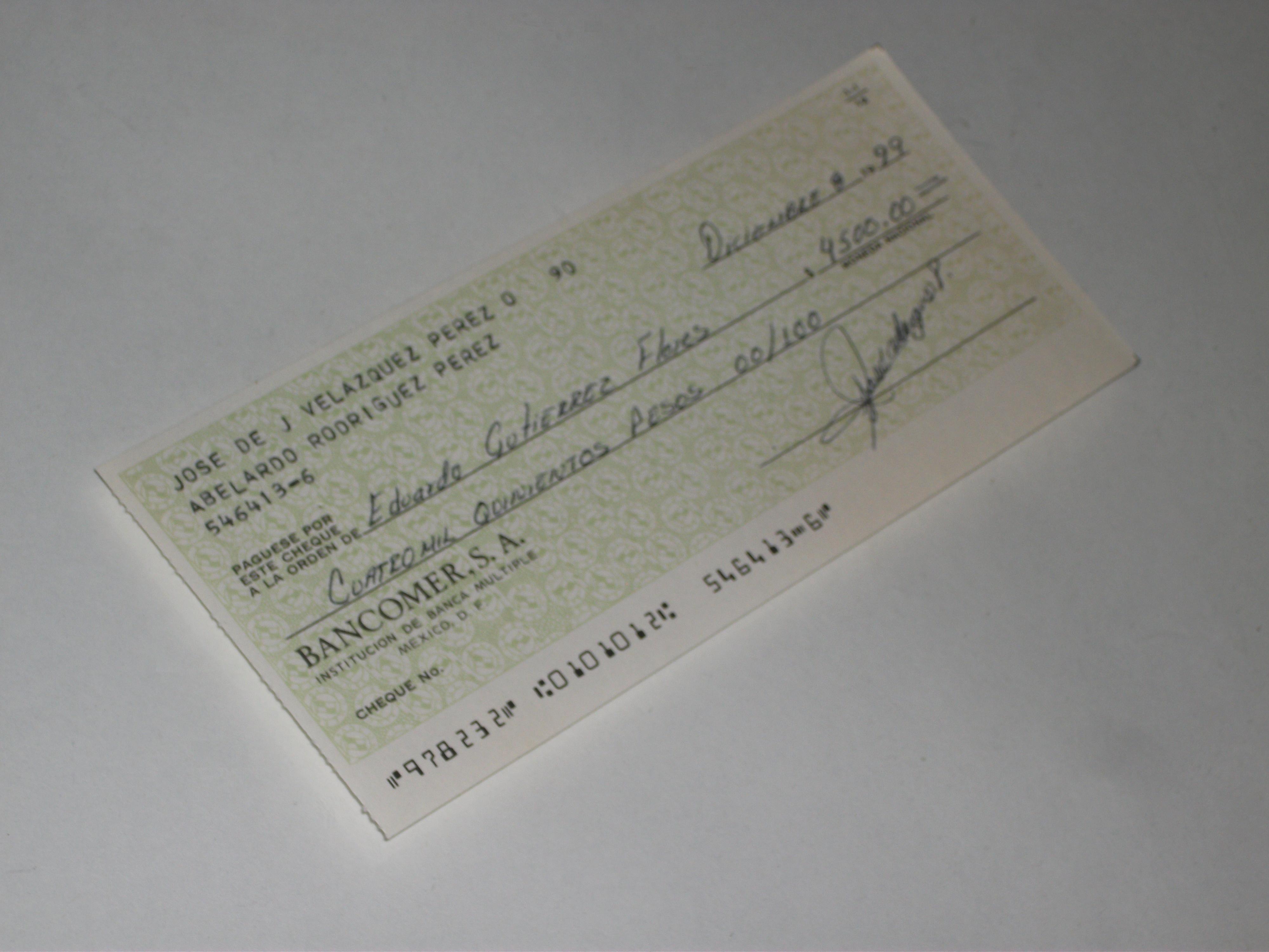 Con el cheque se pueden realizar transacciones.
